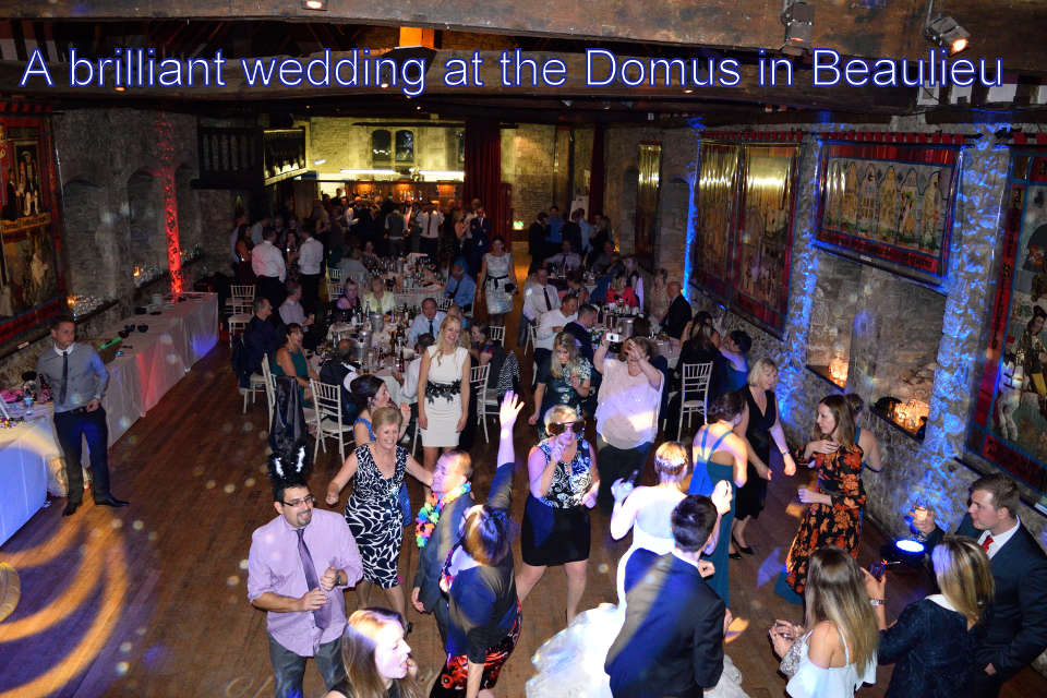 A brilliant wedding at the Domus in Beaulieu