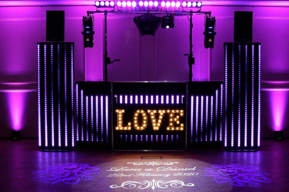 The Pixel Wedding Show - DJ Martin Lake