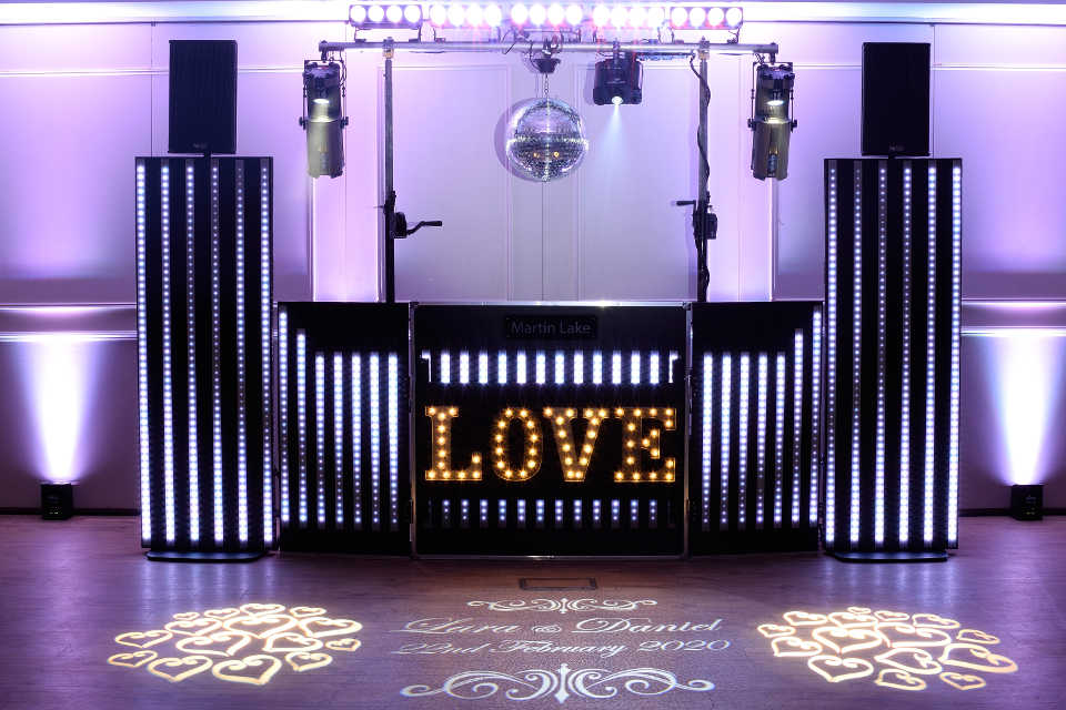 Pixel Wedding Show With Mirror Ball - DJ Martin Lake