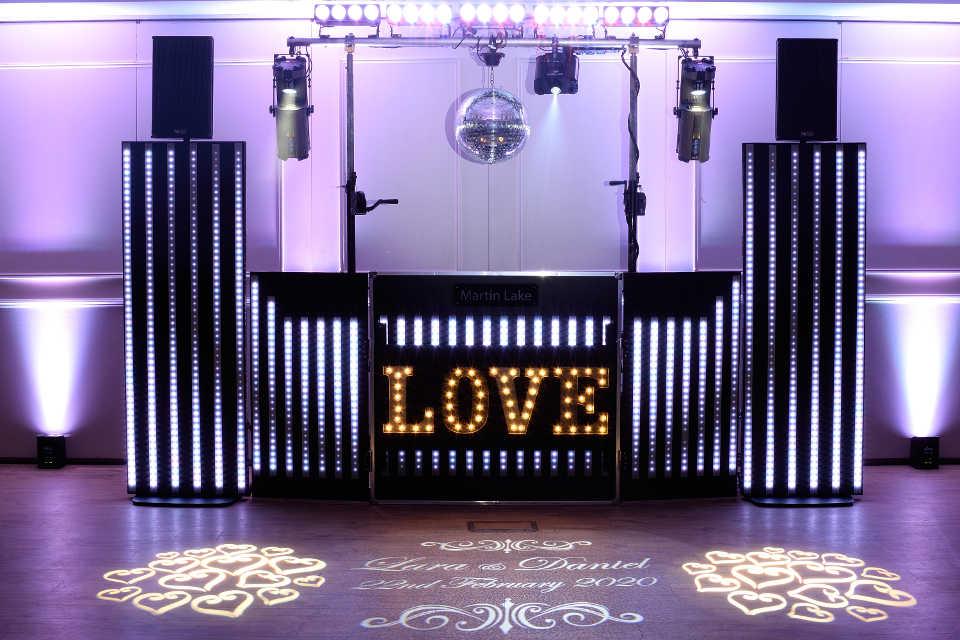Pixel Wedding Show With Mirror Ball - DJ Martin Lake